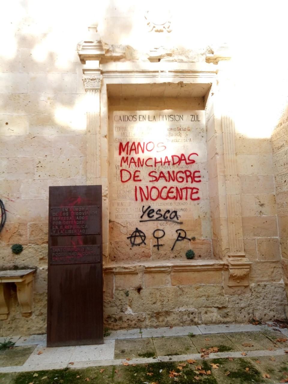 El Ayuntamiento condena las pintadas en San Agustín
