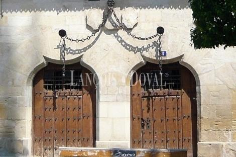 Venden la Casa de los Condes de Berberana por 750.000 euros