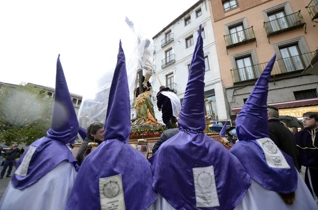 Precipitado traslado de algunas imágenes a la Catedral Aurelio Martin