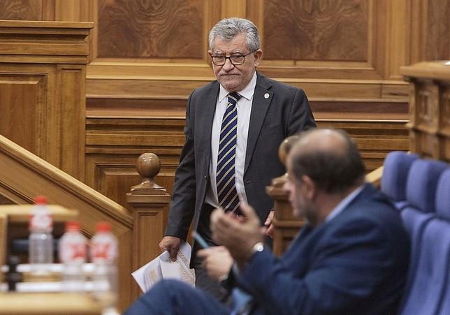 Felpeto se perfila como la primera baja del nuevo Gobierno