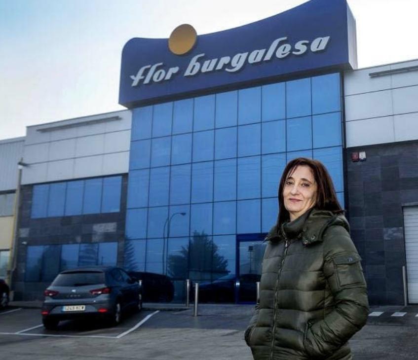 Montse González lleva 15 años trabajando en La Flor Burgalesa.