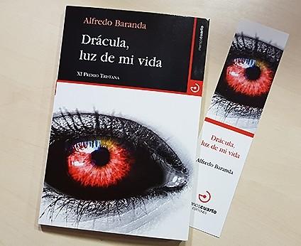 Llega a las librerías 'Drácula, luz de mi vida'