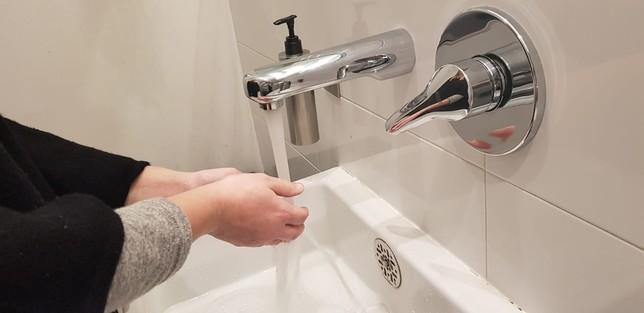 Alertan de estafas a domicilio con el agua como excusa