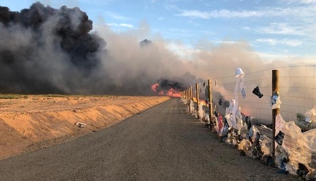 Arde el vertedero de Mendavia y el humo alcanza el pueblo Guardia Civil