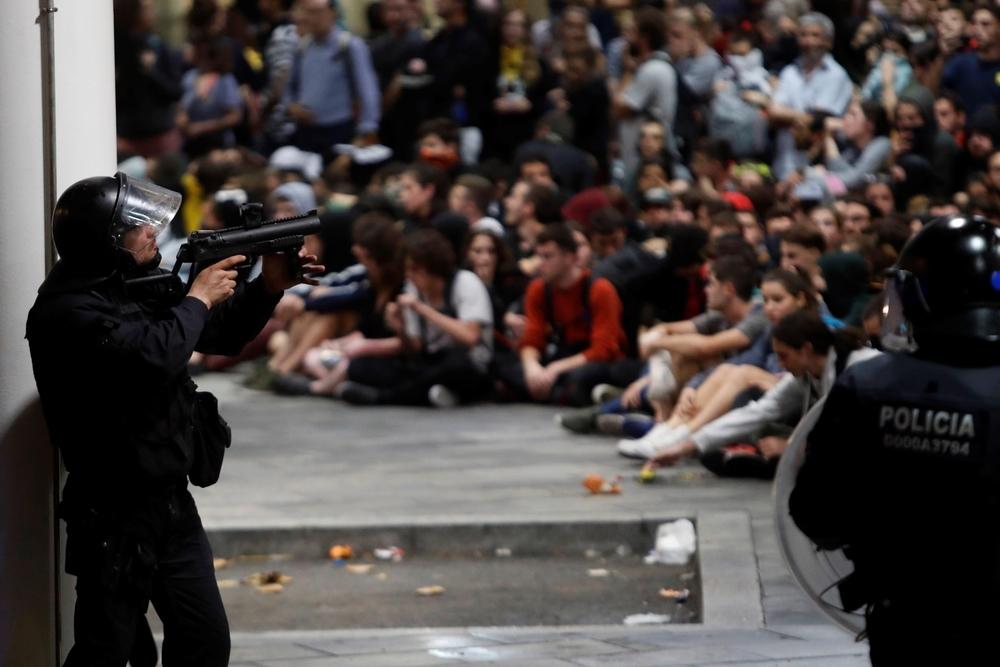 Los concentrados se resisten a abandonar El Prat