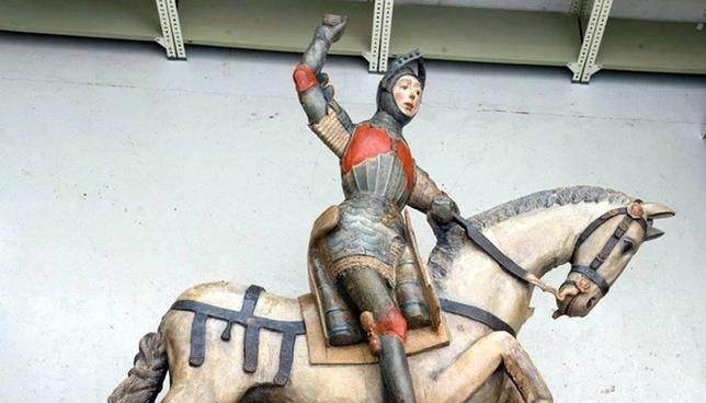 Ya se puede visitar la nueva imagen de San Jorge de Estella