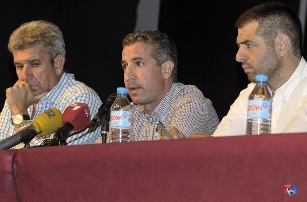 El presidente gimnástico, Agustín Cuenca, durante un momento de su intervención.