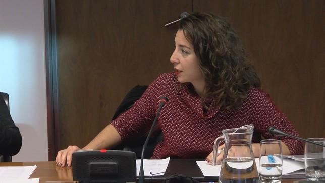 Laura Pérez utiliza su condición de aforada