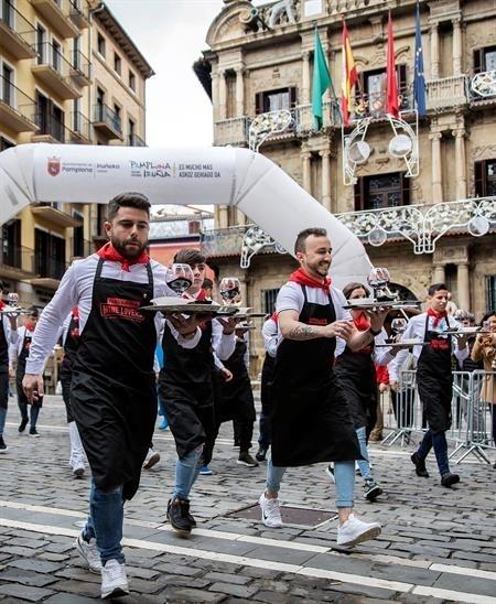 Camareros malagueños ganan la I Carrera del Encierro