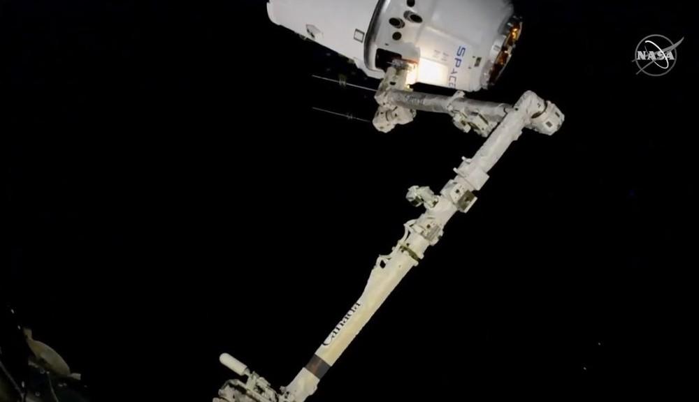 La cápsula 'Dragon' llega a la Estación Espacial