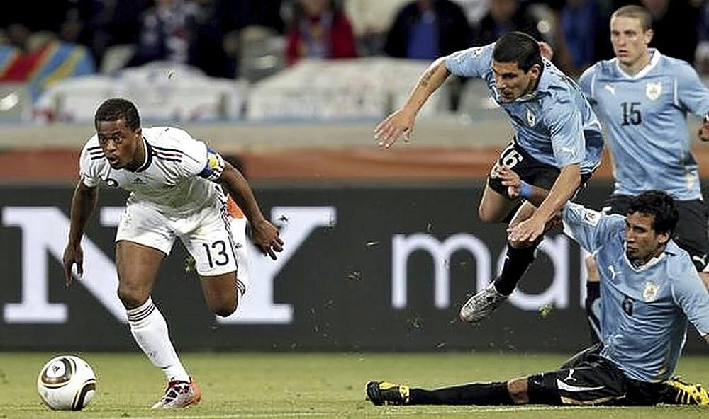 El empate sin goles entre franceses y uruguayos fue el preludio del fracaso de los galos en tierras sudafricanas.