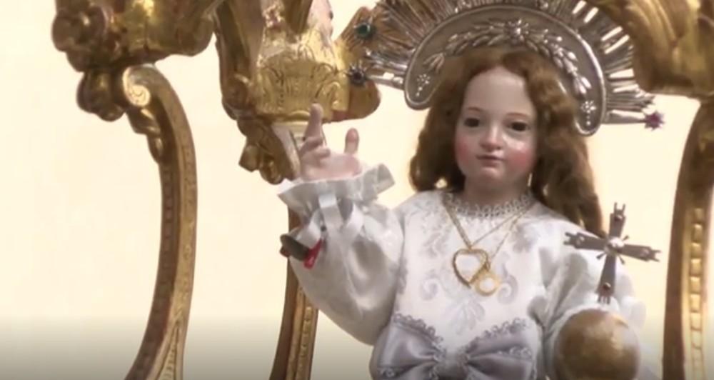 Vídeo de la procesión del Niño de la Bola en Cuéllar