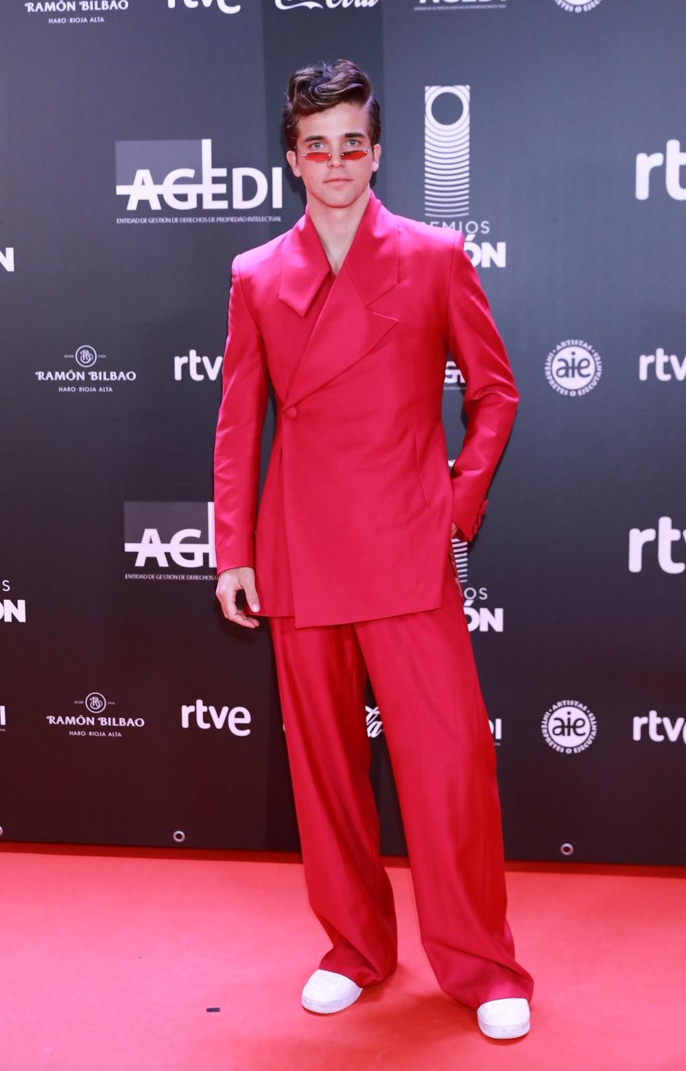 Los mejores 'looks' de ellos en los Premios Odeón