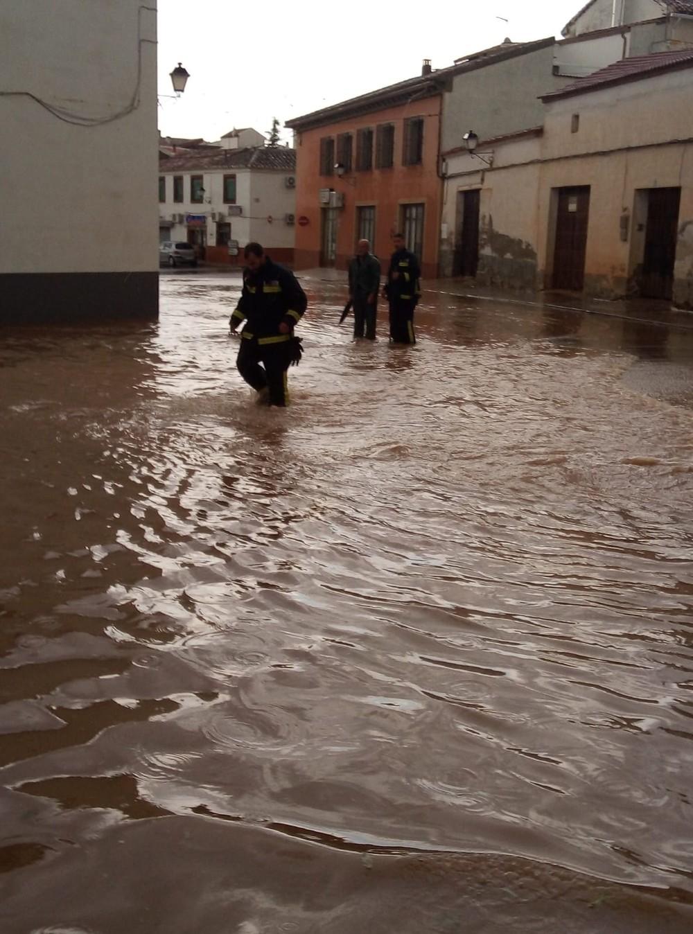 Una tormenta provoca inundaciones en Infantes