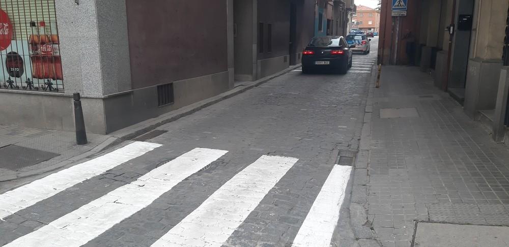Cerca del nuevo paso de peatones existe otro mucho más pequeño.