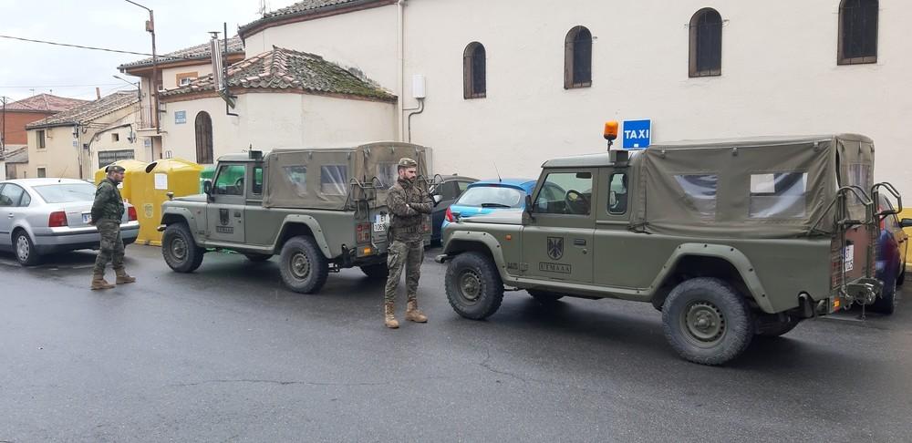 Segovia recibe con aplausos al Ejército
