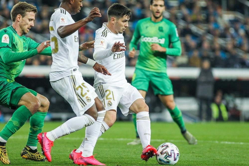 La Real dinamita el Bernabéu