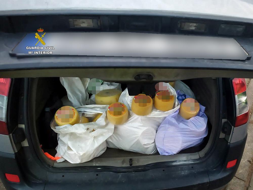 Detenido con 150 quesos robados por valor de 3.000 euros