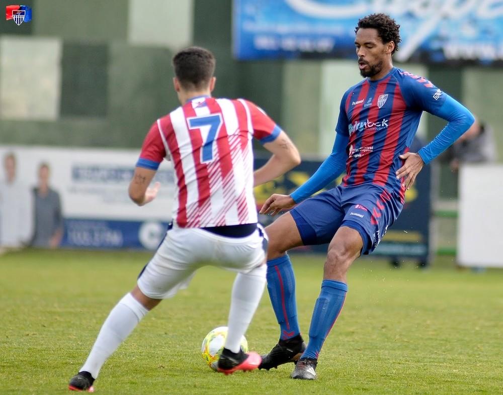 Avanza la opción de un 'play off' exprés en Tercera