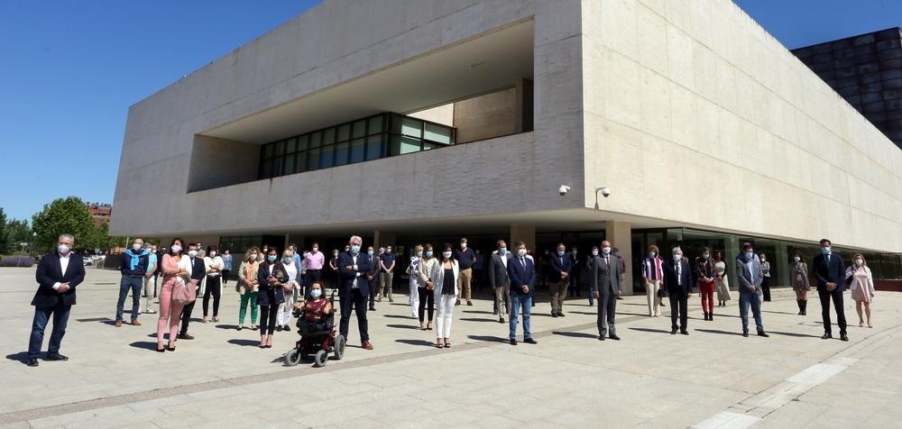 Homenaje en las Cortes de Castilla y León.