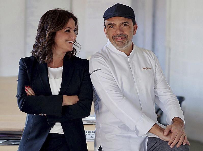 Marián Martínez y Jesús Sánchez, artífices del éxito del Cenador de Amós.