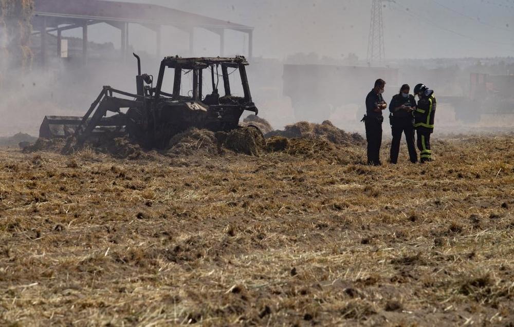 Arde una nave agrícola en Salobral