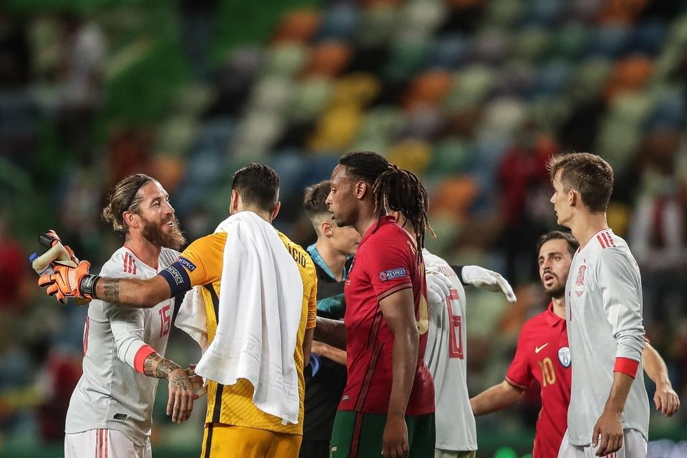 España y Portugal firman tablas