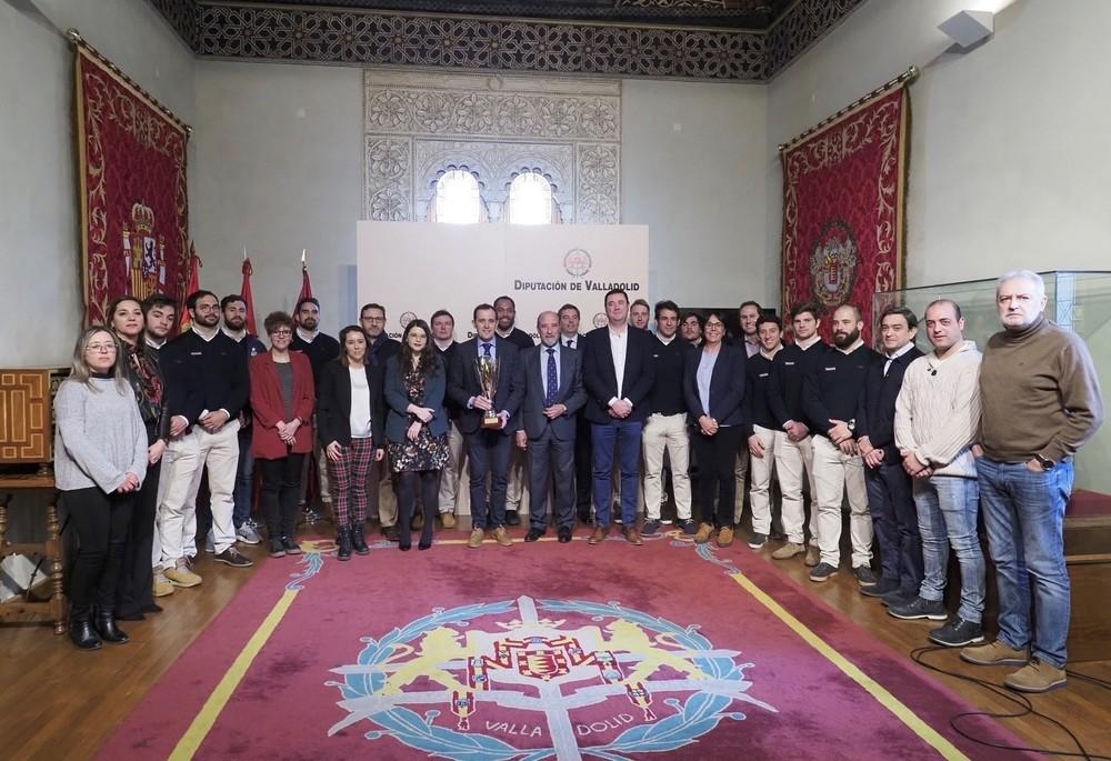 La Copa Ibérica llega al Ayuntamiento y la Diputación