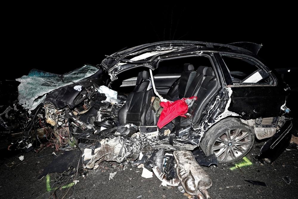 Dos fallecidos y cinco heridos en un accidente en Olagüe