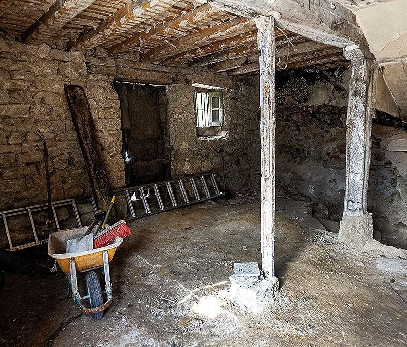 En la planta baja estará la cocina-salón-comedor y un baño.