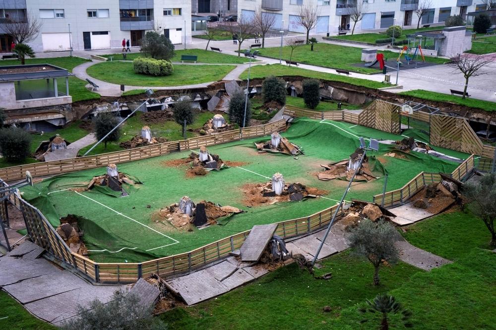Se hunde un parque infantil en Santander sin dejar víctimas