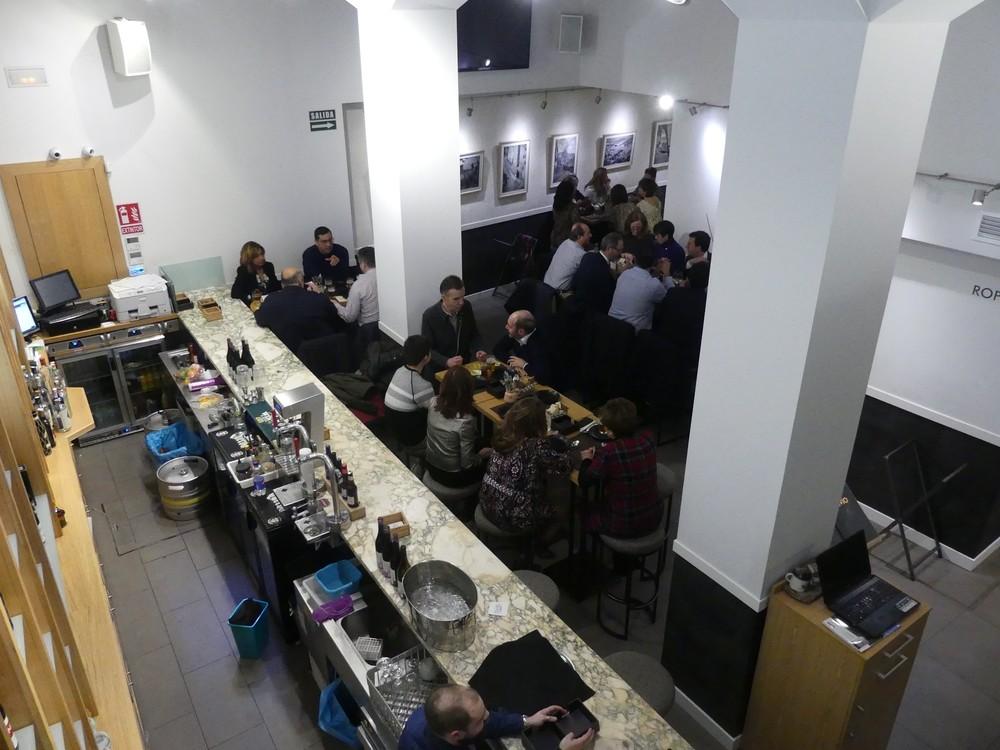 La cena solidaria de Cruz Roja y Trivio recauda 1.250 euros