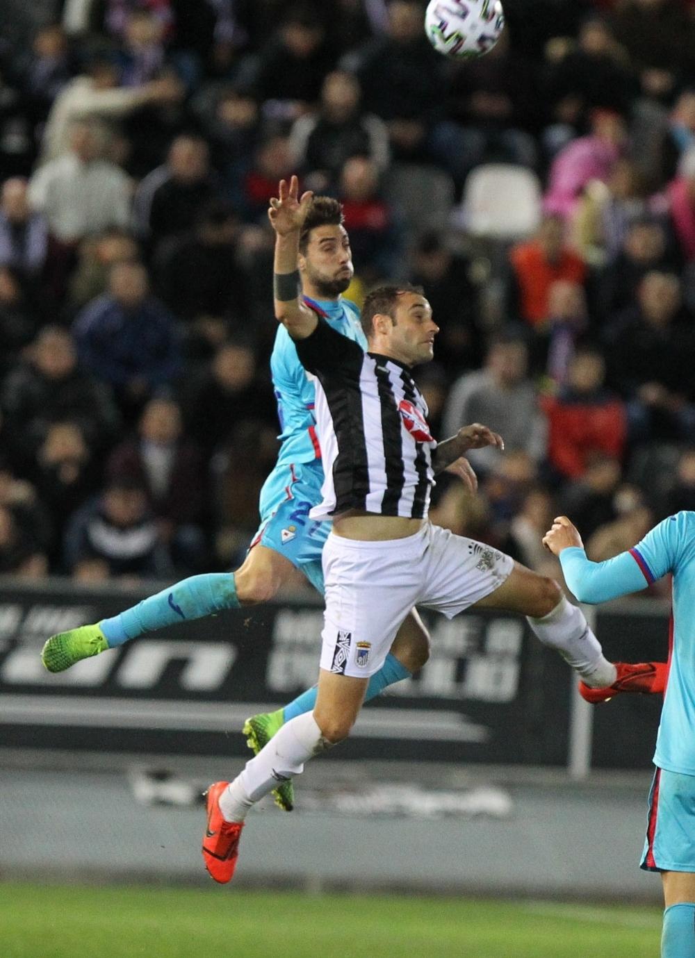 El Badajoz prolonga su sueño con la Copa del Rey