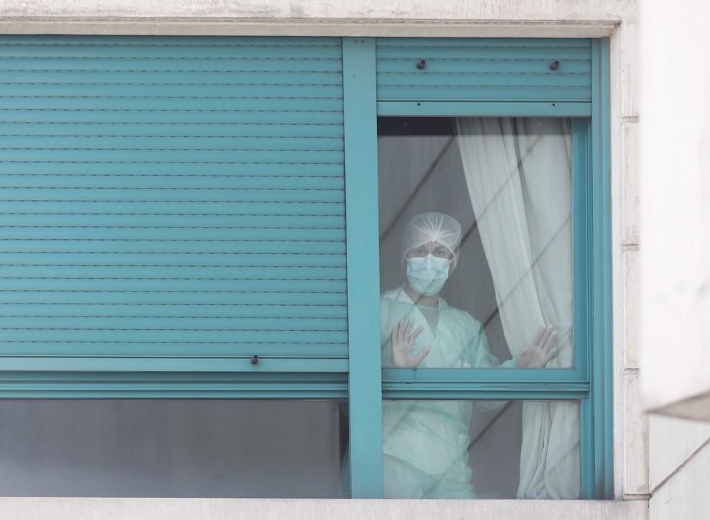Los que fallecen solos en sus casas, otro drama del Covid-19