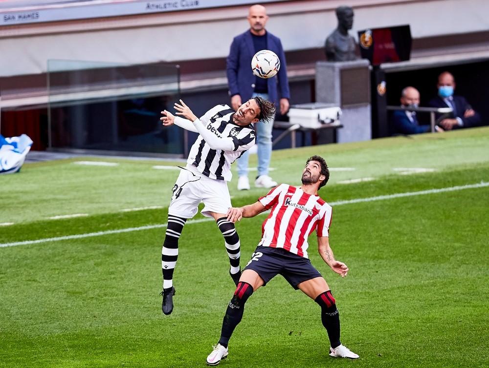 Berenguer y Williams reflotan al Athletic