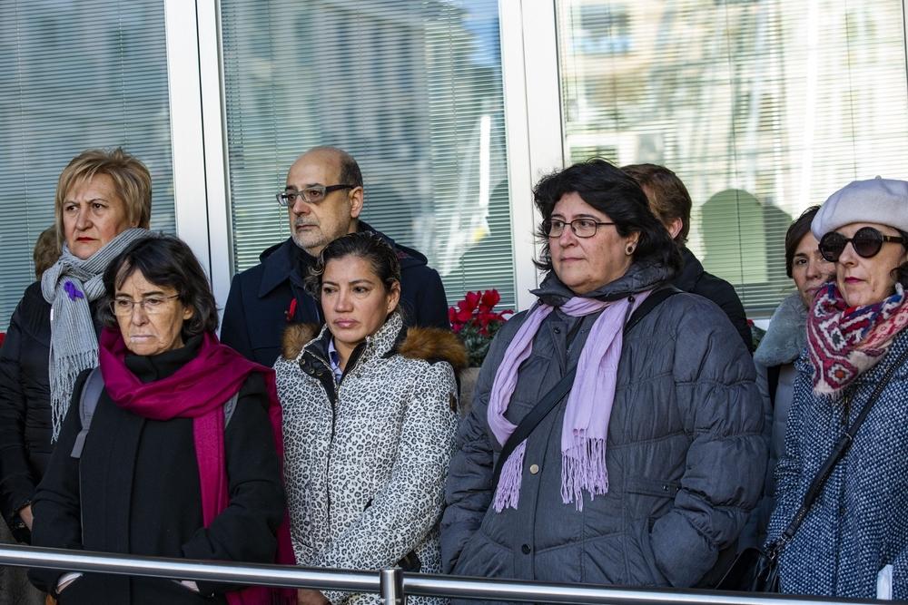 Silencio y unidad contra el asesinato de mujeres