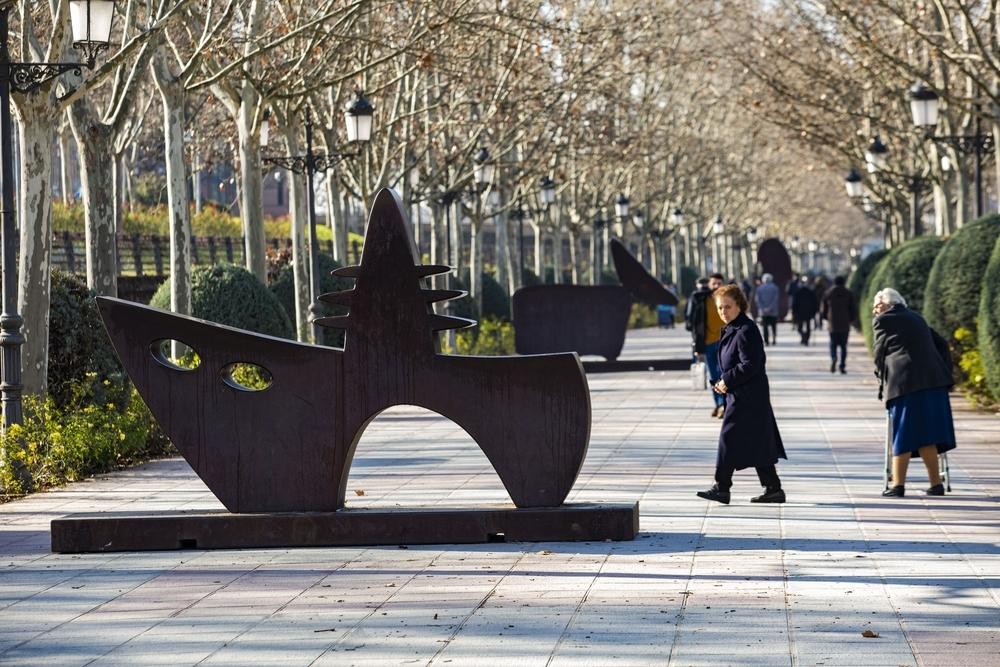 Juan Méjica invita a tocar y experimentar con sus obras