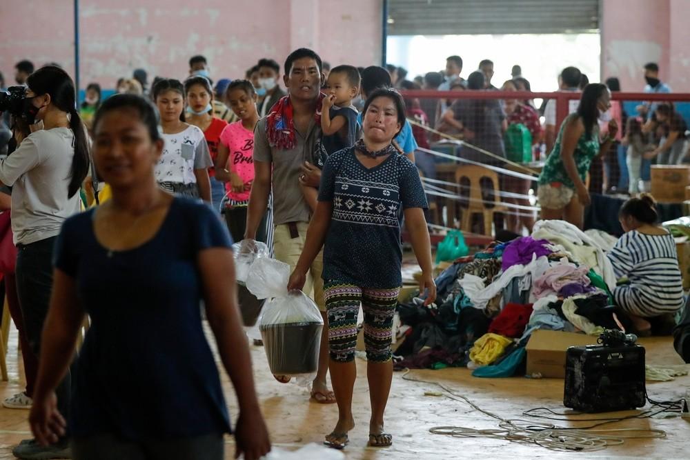 Filipinas evacua a 30.400 personas por la alerta del Taal