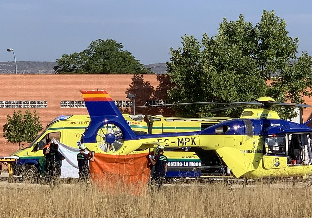 El herido fue trasladado en helicóptero al CHUA.