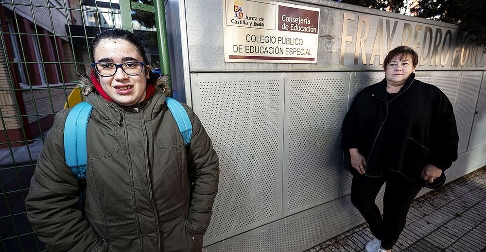 Yolanda Bergado, madre de Dafne, con síndrome de Mowat Wilson