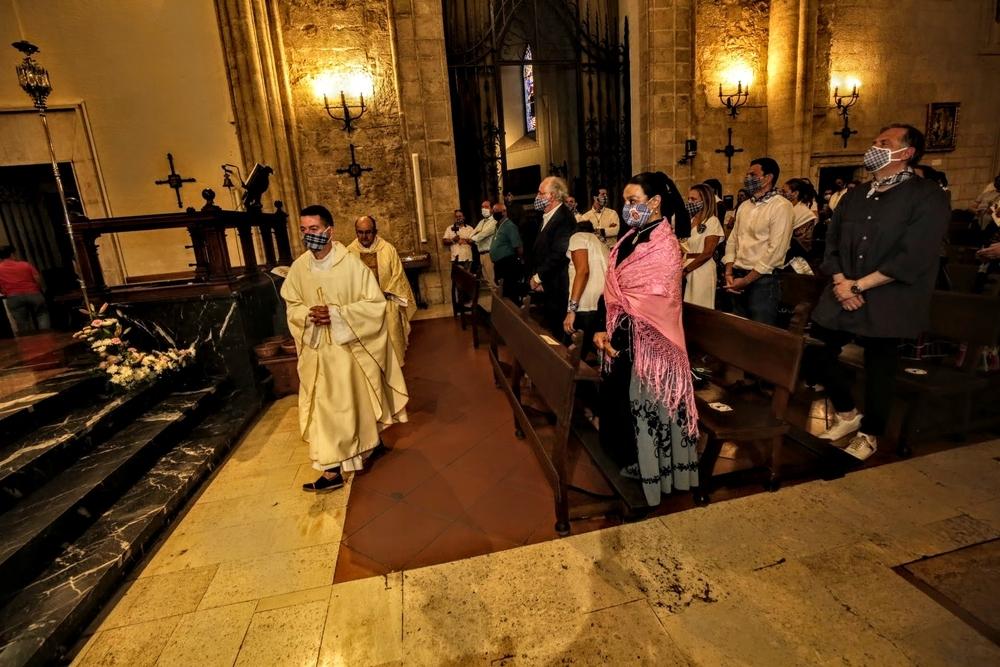 La entrega más íntima para la Virgen del Prado