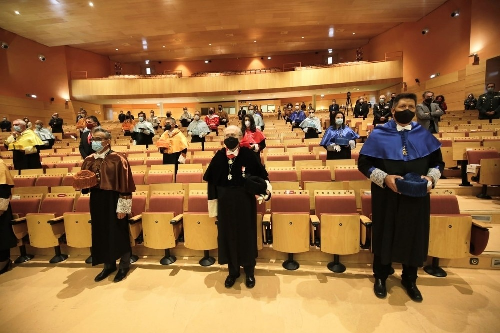 Una inauguración especial para un curso académico especial