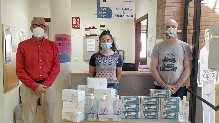 Asociaciones ribereñas donan 16.000€ para material sanitario