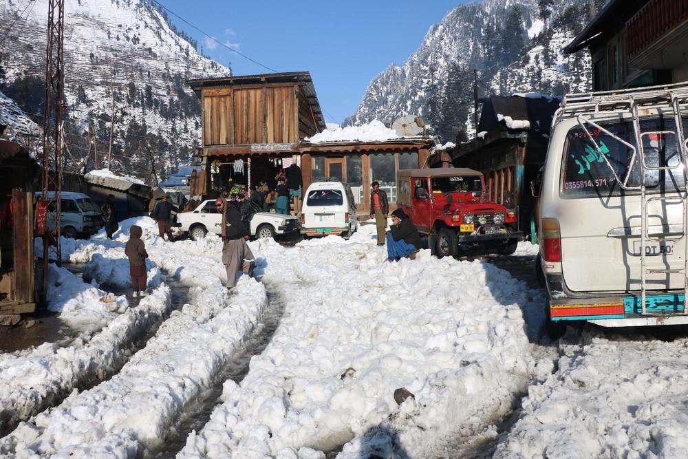 Las peores nevadas en 30 años en Pakistán deja 93 muertos
