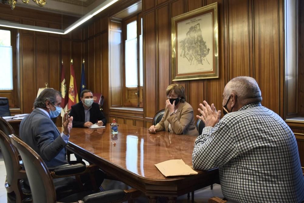 Diputación ayuda a los Municipios Ribereños con 10.000 euros