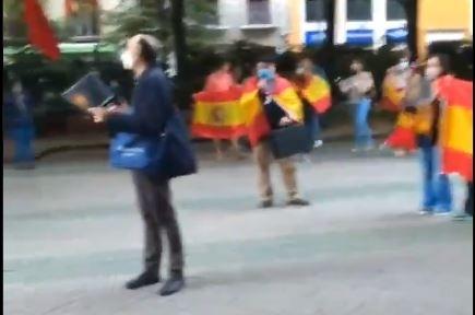 Cacerolada en Pamplona contra la gestión de Pedro Sánchez