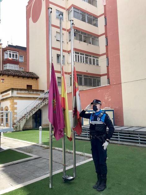 La Policía Local se solidarizó con las familias de los fallecidos.