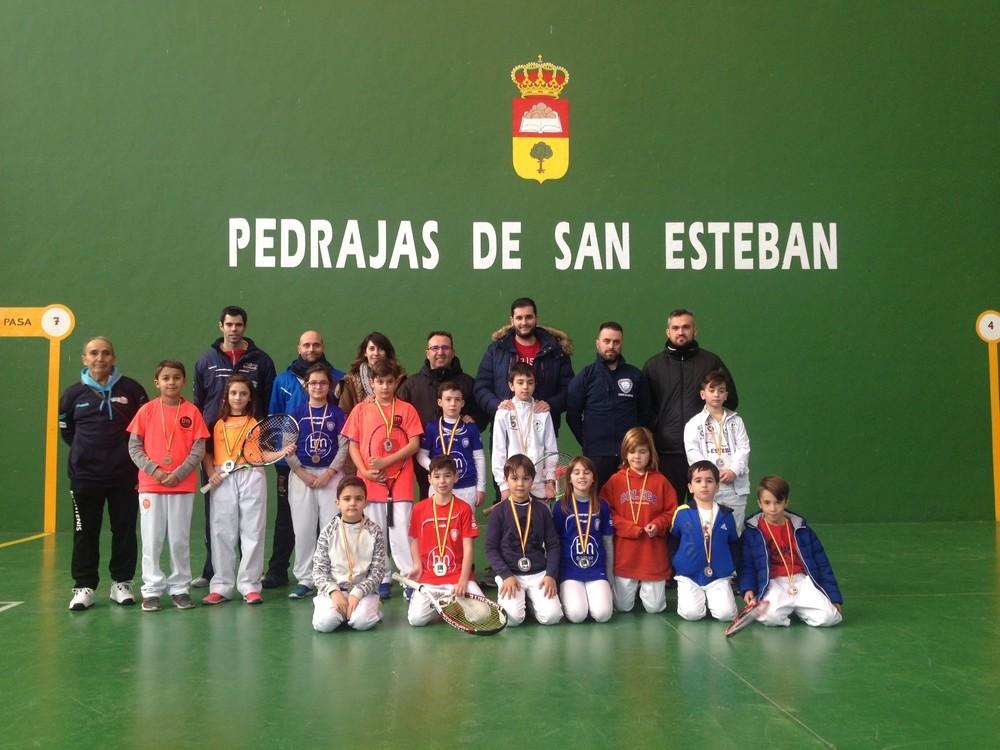 Pedrajas acoge una jornada de frontenis de promoción