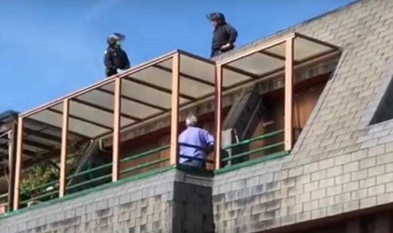 Detenido tras un tiroteo un anciano atrincherado en Delicias