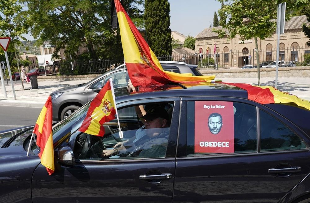 Más de 800 vehículos protestan en Toledo contra el Gobierno